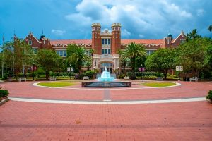 Florida State University will give you chance to experience true Florida college life.