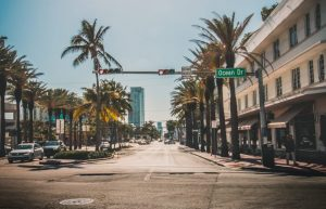 Miami- Moving with school children
