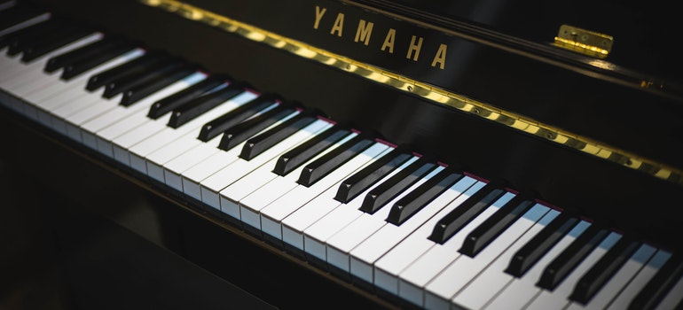 Piano keyboard - you can count of Deerfield Beach movers to safely transport your piano