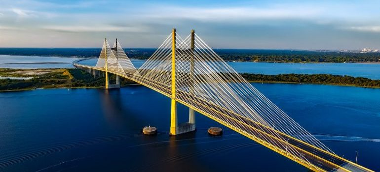 A bridge which you can see in Florida after hiring one of the finest local movers Orlando has.