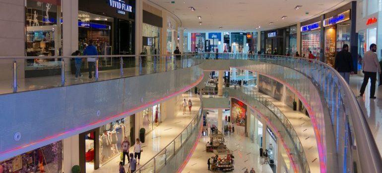 Shoppin mall - Moving from Jupiter to Aventura