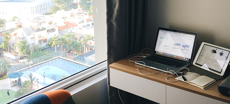a laptop you can use to find long distance movers naples fl