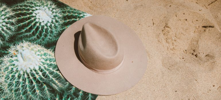 hat on a beach in Florida